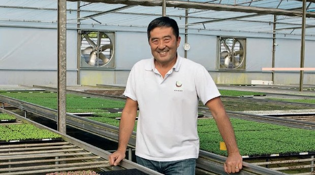 Da lavoura para a cultura de flores, a agricultura sempre esteve presente nos negócios da família Tamada: hoje, Edson fatura R$ 4 milhões vendendo mudas para grandes produtores (Foto: Franco Almeida)