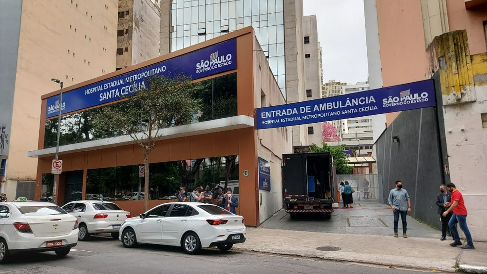 Fachada do Hospital de Campanha Metropolitano Santa Cecília, no Centro de São Paulo — Foto: Rodrigo Rodrigues/G1