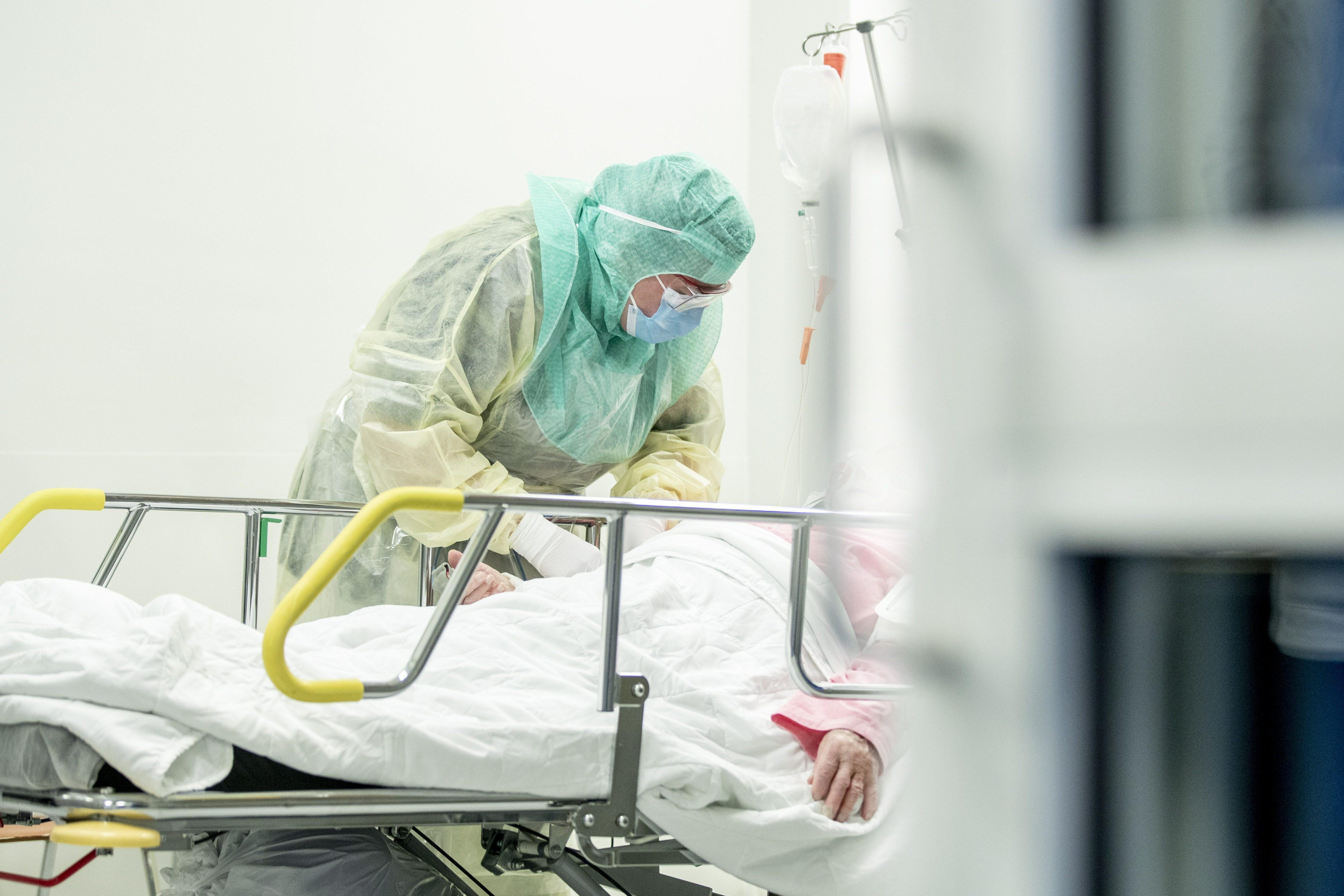 Pico da pandemia: entenda os cenários no Brasil e como o isolamento afeta projeções sobre o coronavírus