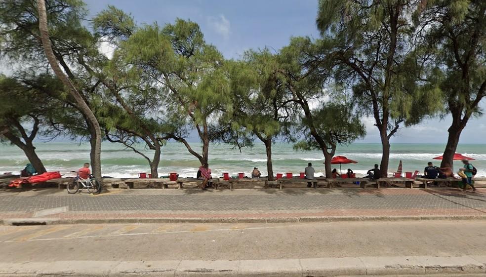 Afogamento ocorreu no trecho da praia que fica nas proximidades da Pracinha de Boa Viagem, na Zona Sul do Recife — Foto: Reprodução/Google Street View