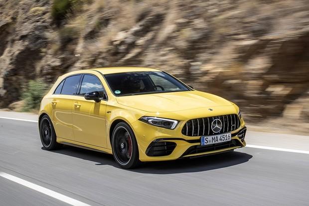 Mercedes-AMG A 45 S 4MATIC+, Sonnengelb, Leder - Nappa AMG schwarz mit gelben Kontrastziernähten;Kraftstoffverbrauch kombiniert: 8,4-8,3 l/100 km; CO2-Emissionen kombiniert: 192-189 g/km*Mercedes-AMG A 45 S 4MATIC+, sun yellow, Leather – black, with yel (Foto: Daimler AG)