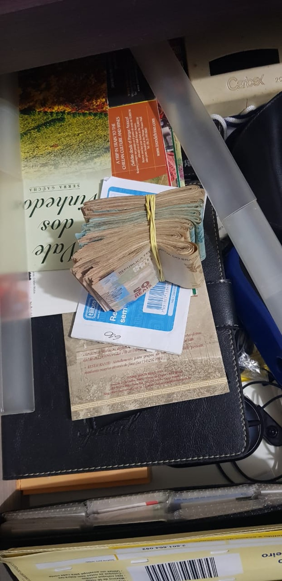Dinheiro apreendido na casa de prefeito em Rondônia — Foto: PF/Divulgação