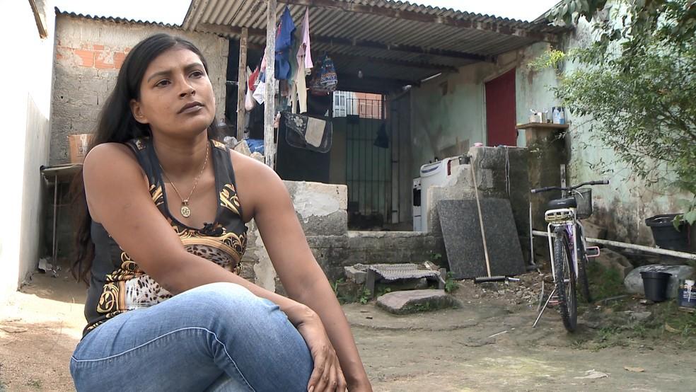 Keila é mãe de 5 filhos e aguarda ansiosa para morar na casa do Minha Casa, Minha Vida, em Linhares, no Espírito Santo (Foto: Ari Melo/ TV Gazeta)
