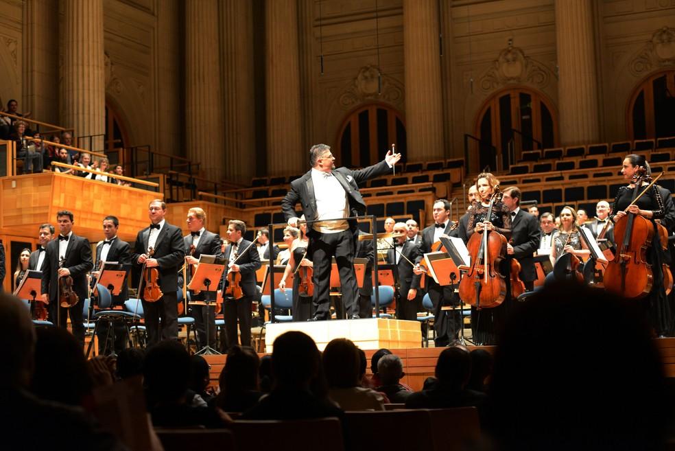 OrquestraSinfônica de Campinas (SP) participa da homenagem com concerto ao vivo que será transmitido online no sábado (4)— Foto: Divulgação/Carlos Bassan