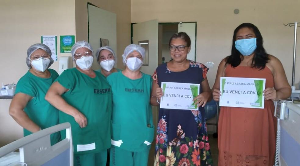 Mais duas pacientes vindas de Manaus, Evaneide Souza dos Santos, 46 anos e Crivany Souza de Nazaré, também com 46 anos — Foto: Divulagação/HU