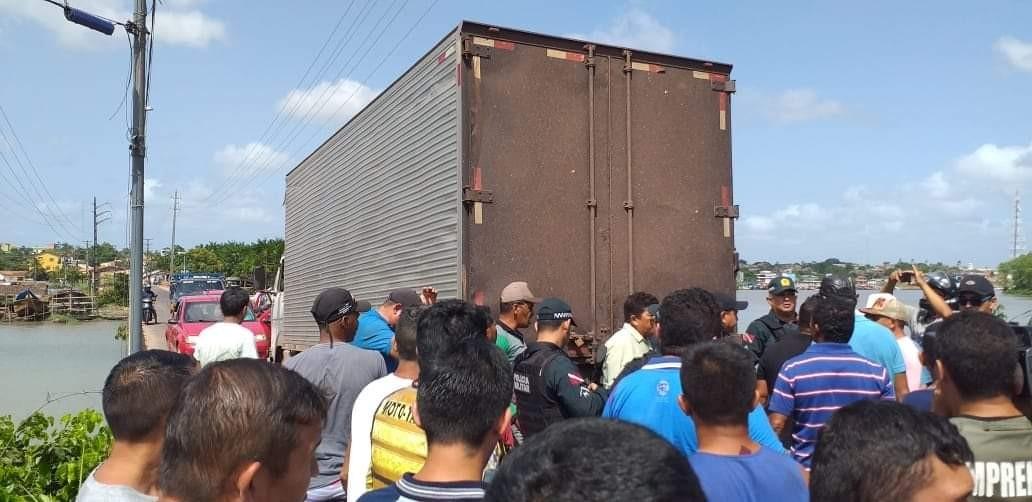 Protesto interdita trecho da BR-308 em Bragança, no PA, contra atraso em obras de pavimentação - Notícias - Plantão Diário