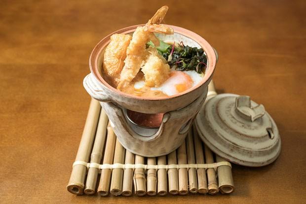 Udon: macarrão japonês servido em caldo quente é perfeito para o inverno (Foto: Rubens Kato/Divulgação)