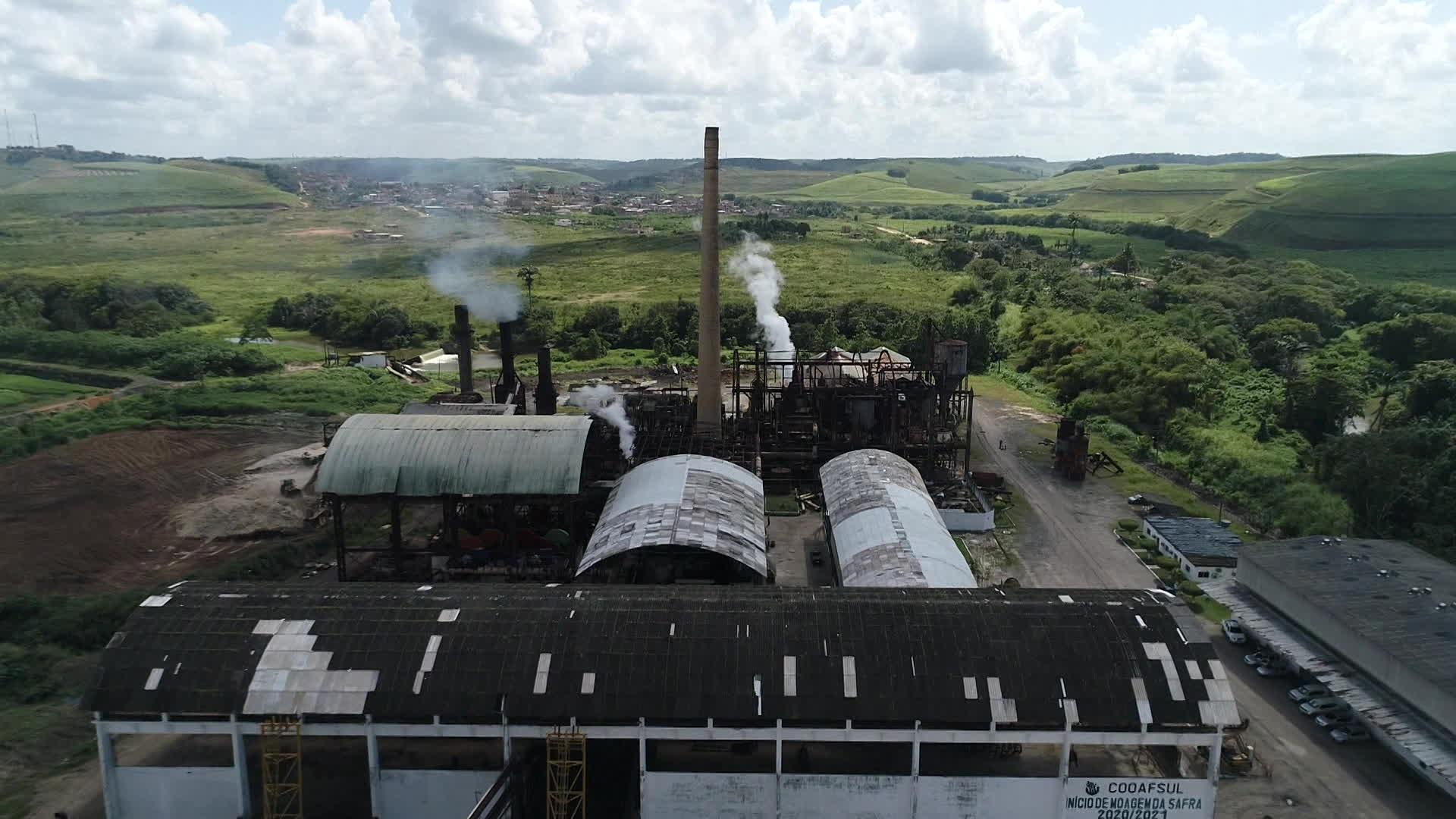 Impasse entre governo de Pernambuco e cooperativa impede usina de voltar a moer cana-de-açúcar