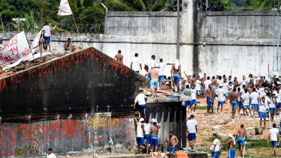 Rebelião em Alcaçuz acabou com 26 presos mortos em janeiro de 2017 — Foto: AFP