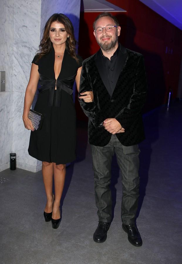 Paula Fernandes e Claudio Mello (Foto: Thiago Duran/AgNews)