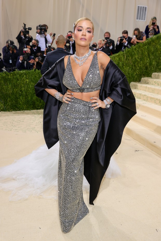 NEW YORK, NEW YORK - SEPTEMBER 13: Rita Ora attends The 2021 Met Gala Celebrating In America: A Lexicon Of Fashion at Metropolitan Museum of Art on September 13, 2021 in New York City. (Photo by Theo Wargo/Getty Images) (Foto: Getty Images)
