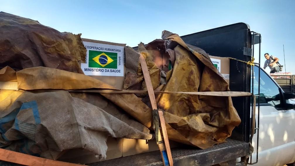 Ajuda brasileira saiu na manhã de sábado (23) para a Venezuela — Foto: Laudinei Sampaio/Rede Amazônica Roraima