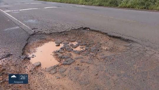 Motoristas pedem melhorias no asfaltamento da BR-452 entre Uberlândia e Tapuirama