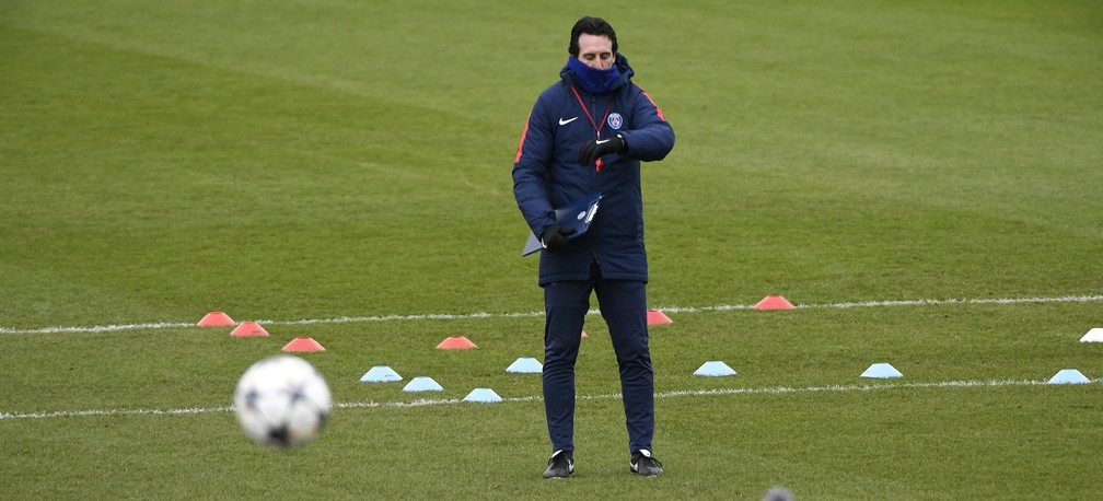 Unai Emery vive sob pressão no PSG, que sonha com título inédito (Foto: AFP)