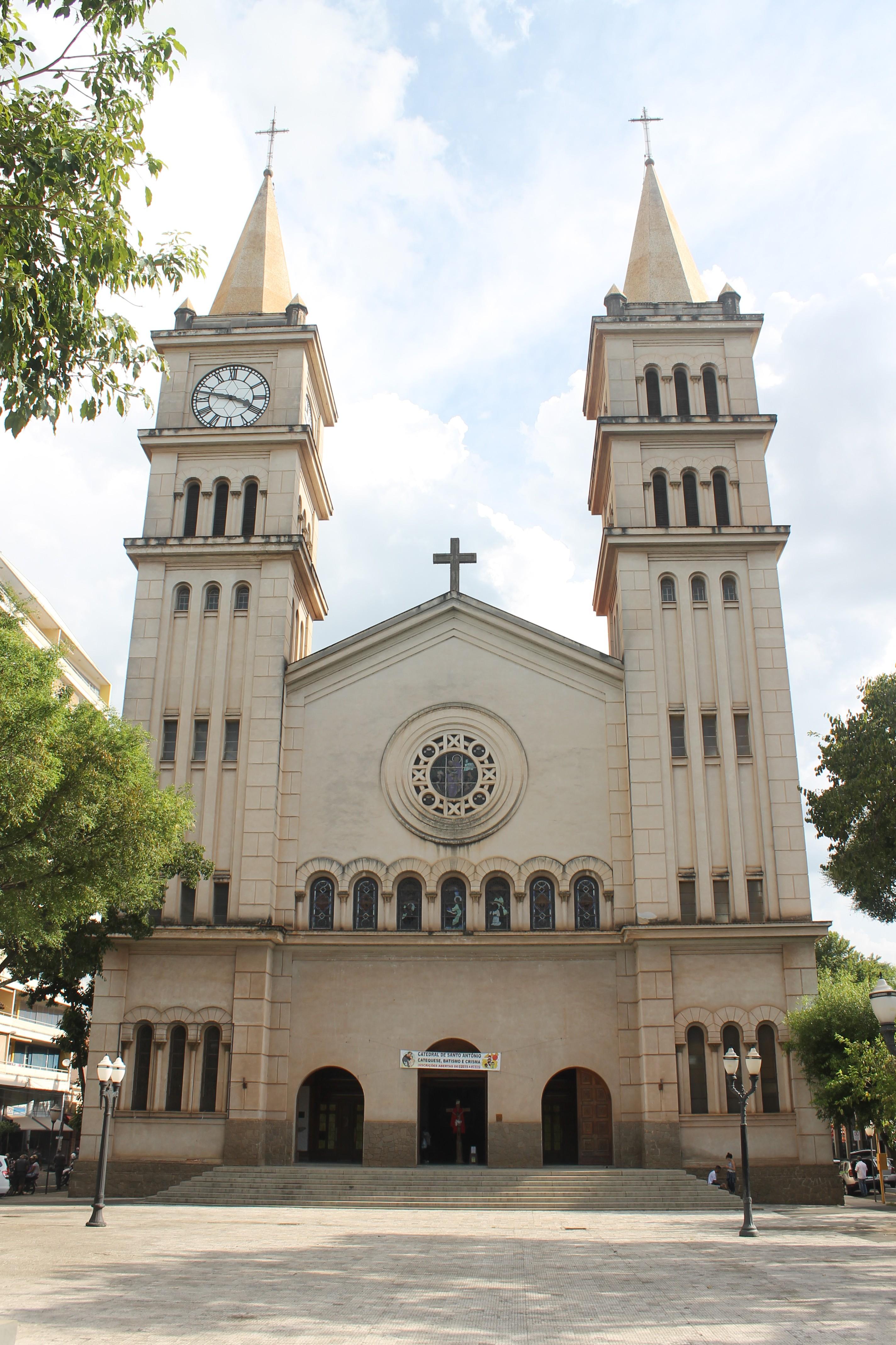 Novo bispo da Diocese de Piracicaba toma posse em missa restrita neste sábado