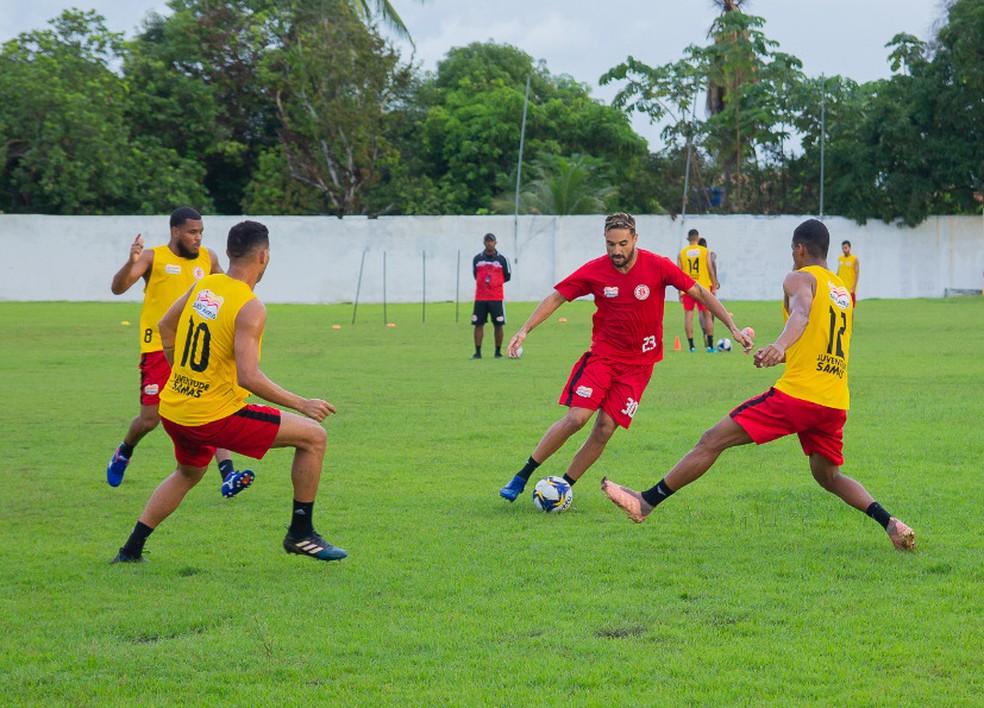 Juventude-MA aposta em nomes experientes para 2020 como o atacante Naôh — Foto: Divulgação / Juventude-MA