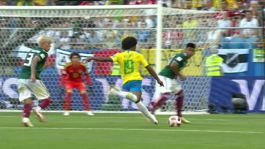 Ochoa reconhece superioridade do Brasil, mas diz que não faltou empenho ao México