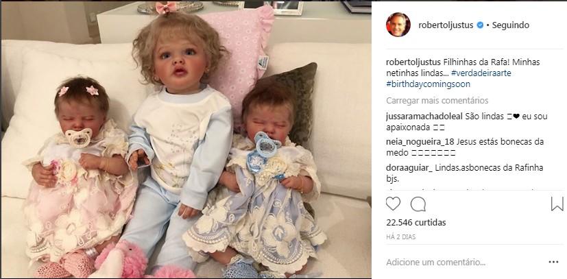 """Bebês reborn: as """"netinhas"""" de Roberto Justus (Foto: Reprodução Instagram)"""