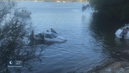 Homem de 29 anos dirigia carro que despencou de ponte e caiu em represa em Rifaina, SP