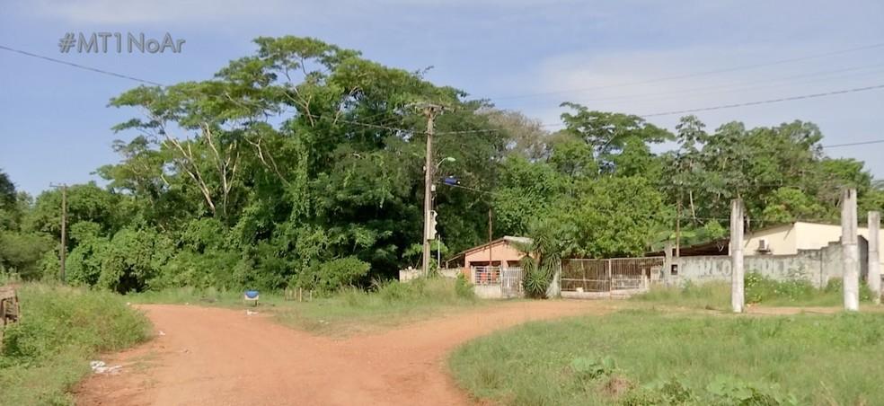 A polícia fez buscas no local que é em região de chácaras próximo ao Rio Cuiabá — Foto: TVCA/Reprodução