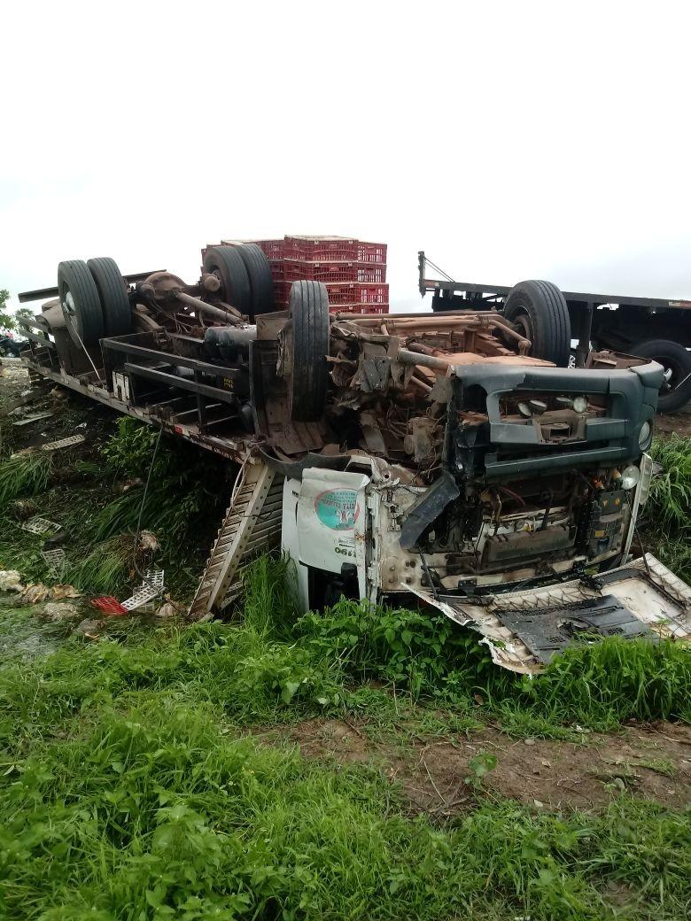 Acidente frontal na BR 135 deixa uma pessoa morta no Maranhão