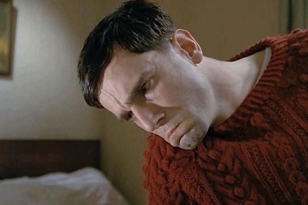 Daniel Day-Lewis em Meu Pé Esquerdo (Foto: Reprodução)