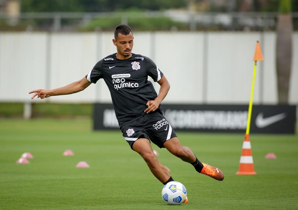 Lucas Belezi em treino do Corinthians — Foto: Rodrigo Coca/Ag. Corinthians