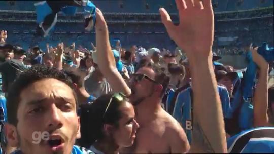 Calor, tensão e aplausos: 16 mil gremistas acompanham final do Mundial na Arena