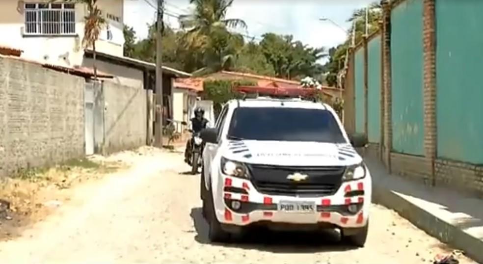 Polícia investiga assassinato de canadense no Ceará — Foto: TV Verdes Mares/Reprodução
