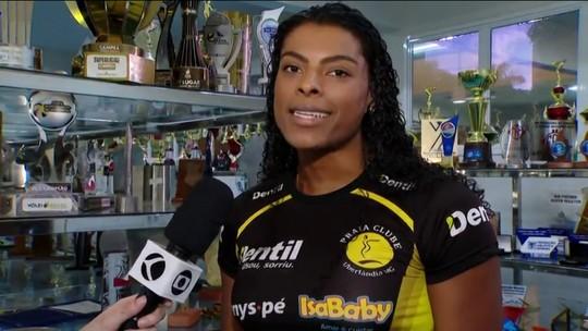 Fernanda Garay fala sobre título do Praia Clube na Superliga