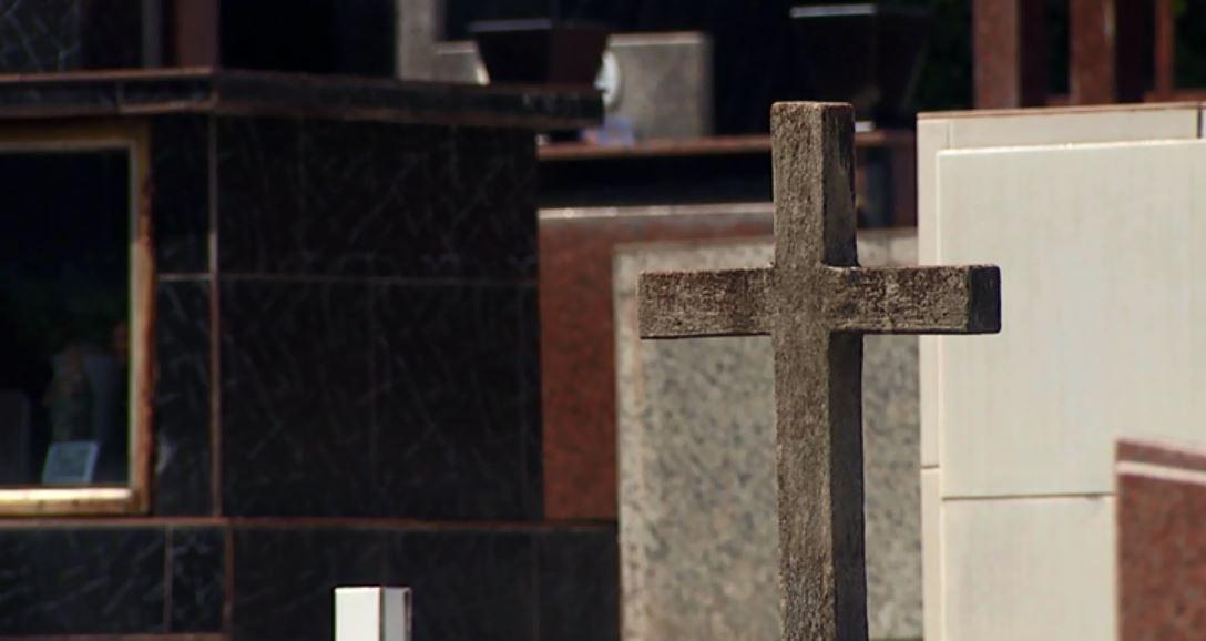 Reformas em túmulos de Cascavel devem ser feitas até quarta-feira (20)