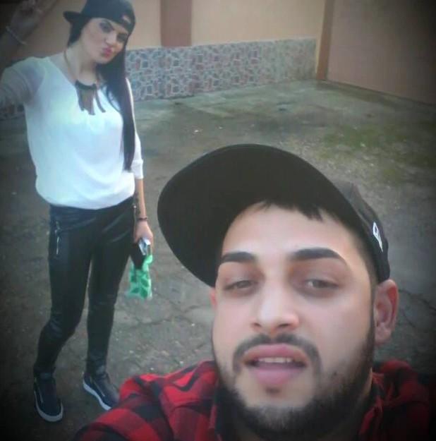 O músico romeno Tavy Pustiu com a esposa (Foto: Facebook)