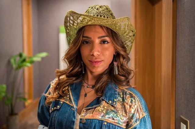 Anitta como Sabrina em 'Amor de mãe' (Foto: Reprodução)