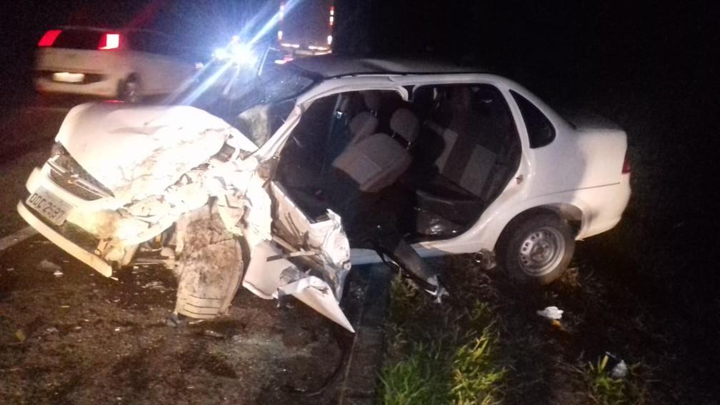 Impacto da batida foi tão forte que veículo perdeu duas das portas — Foto: Polícia Rodoviária Federal
