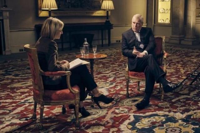 Príncipe Andrew em entrevista à BBC (Foto: Mark Harrington/BBC)