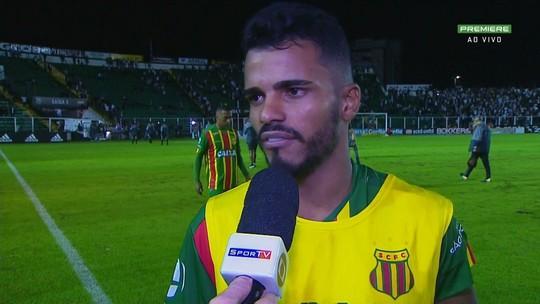"""Danielzinho lamenta: """"Faltou concentração na frente"""""""