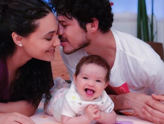 Débora Nascimento com a família (Foto: Reprodução Instagram)