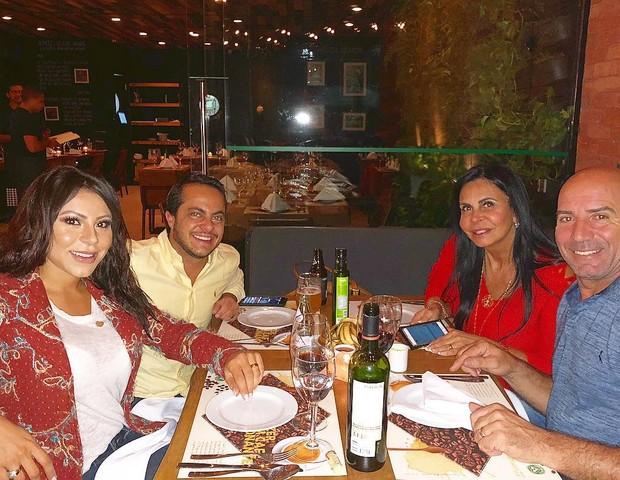 Adressa Ferreira, Thammy Miranda, Gretchen e Carlos Marques (Foto: Reprodução/Instagram)