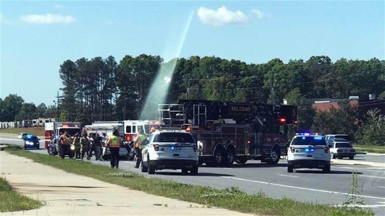 Local de acidente com três mortos em estada americana