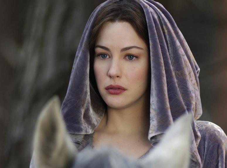 A atriz Liv Tyler no papel da elfa Arwen de O Senhor dos Anéis (Foto: Reprodução)