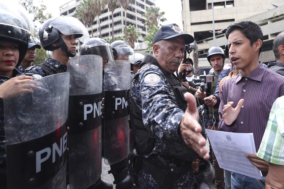 Protestos na Venezuela em 4/5/2019 — Foto: AP / Martin Mejia