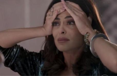 Na segunda-feira (14), Carolina (Juliana Paes) é desmascarada na frente de todos por conta da armação contra Eliza (Marina Ruy Barbosa) TV Globo