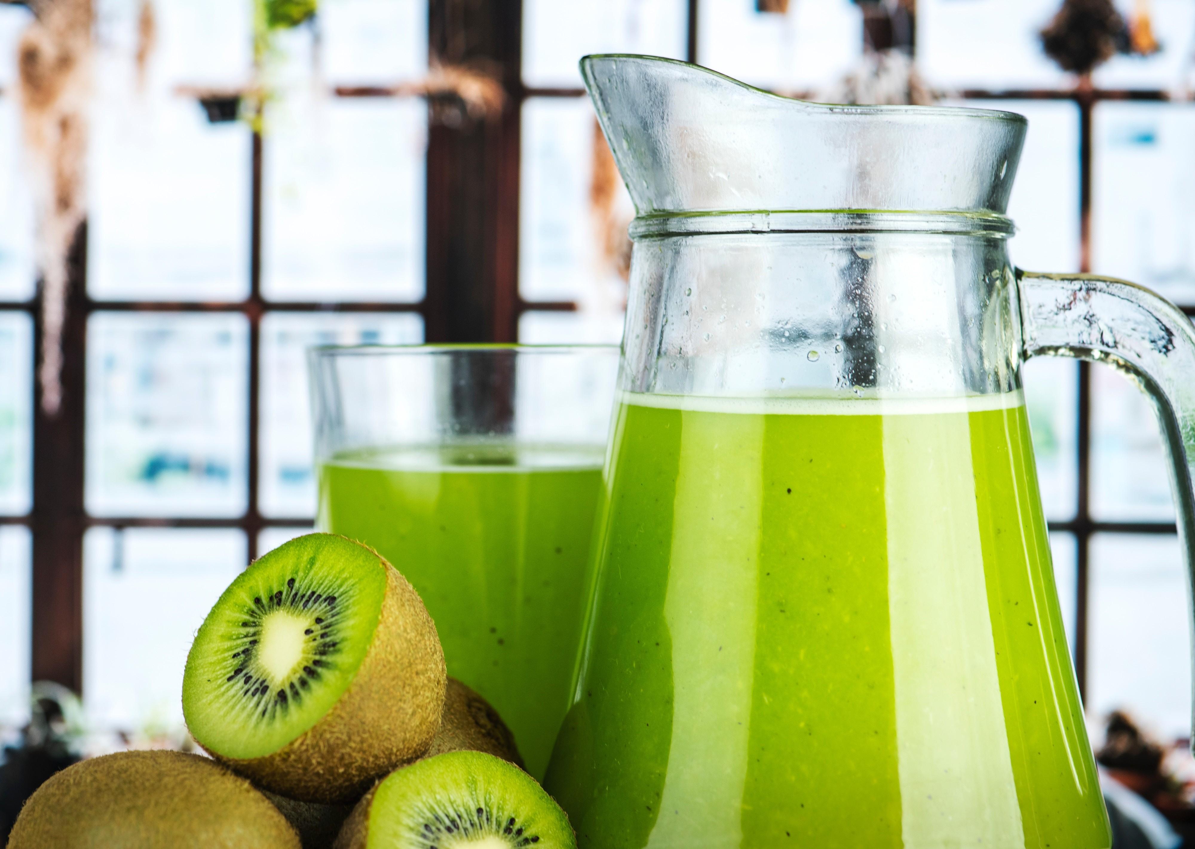 Fonte de vitamina C, o kiwi é um ótimo ingrediente para os boosters  (Foto: Unsplash)