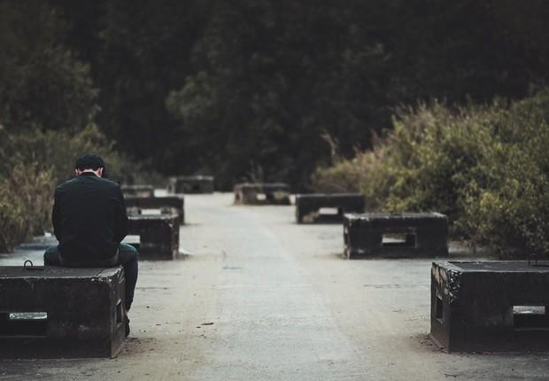 triste, sozinho, parque (Foto: Pexels)