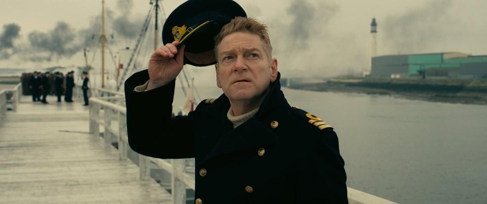 Kenneth Branagh, almirante do exército britânico, em cena de 'Dunkirk' (Foto: Divulgação)