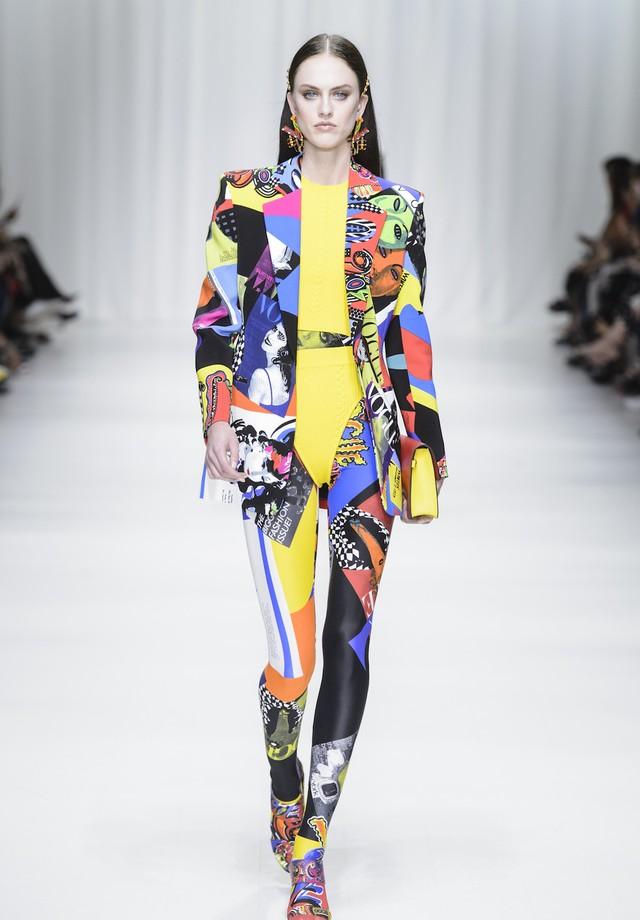 Versace - verão 2018 (Foto: Imaxtree)