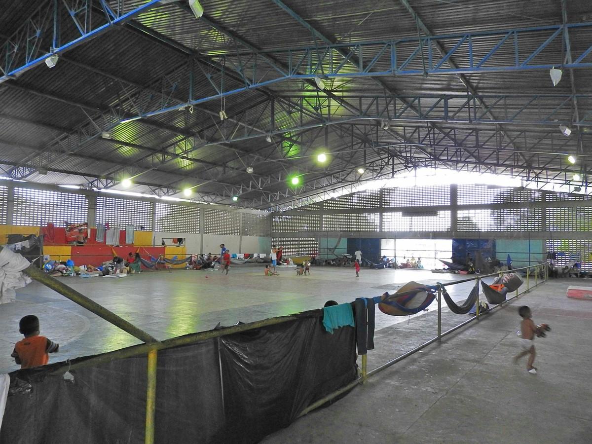 Novo abrigo para venezuelanos vai manter imigrantes não-indígenas, afirma a Defesa Civil de Roraima