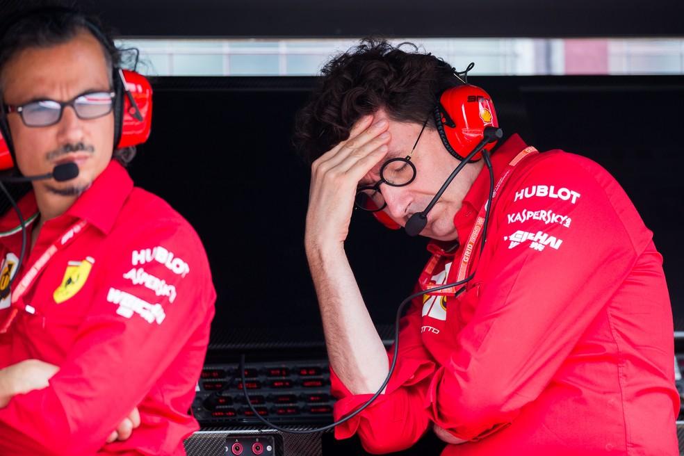 Mattia Binotto lamenta mais um mau resultado da Ferrari em 2019 — Foto: Getty Images