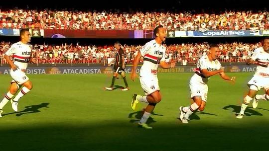 Nenê pega rebote e garante vitória do São Paulo sobre o Corinthians fabca2164526c