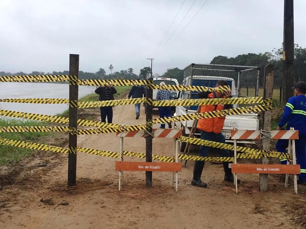 Trecho foi interditado pela Defesa Civil por questões de segurança — Foto: Divulgação/Prefeitura de Registro